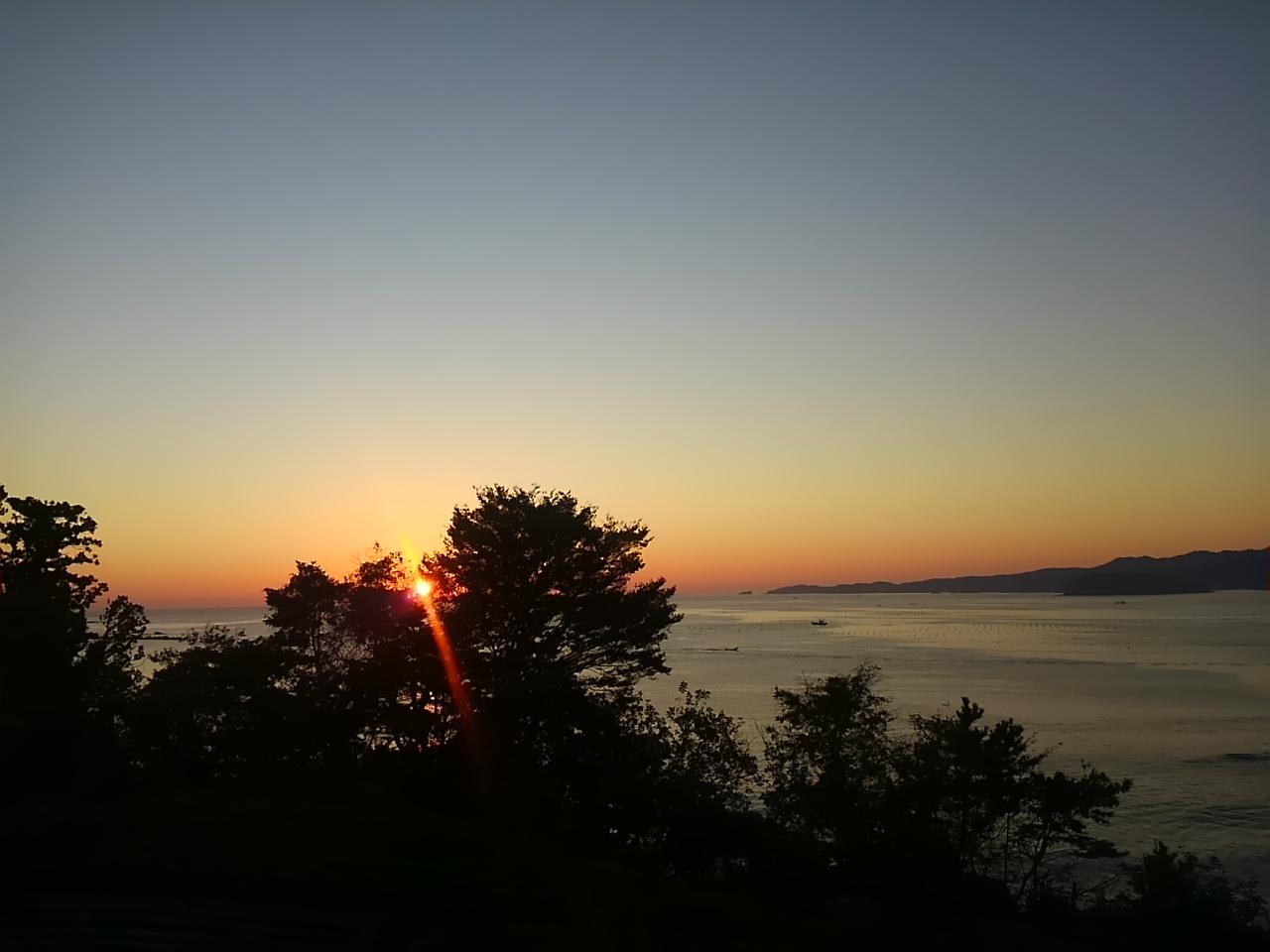 気仙沼の朝陽